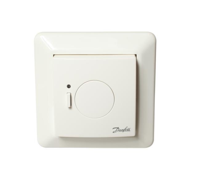 czynnością. Temperatura może być również zmieniona za pośrednictwem termostatu elektronicznego living connect®