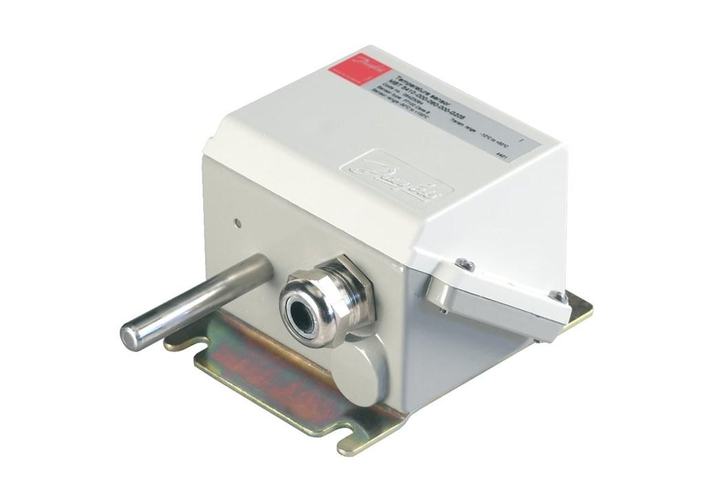 może być używany do kontroli instalacji chłodniczych oraz do pomiaru temperatury w pomieszczeniach. Posiada morskie uznania typu. Elementem pomiarowym jest MBT 5410 czujnik Pt 100 lub Pt 1000